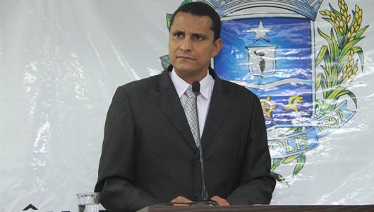 Sargento Pereira Júnior esclarece critérios de distribuição de vagas em Cmeis conveniados