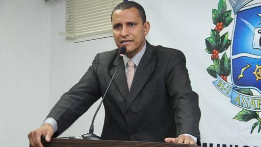 Vereador Sargento Pereira discursa sobre o estado da rede municipal de saúde